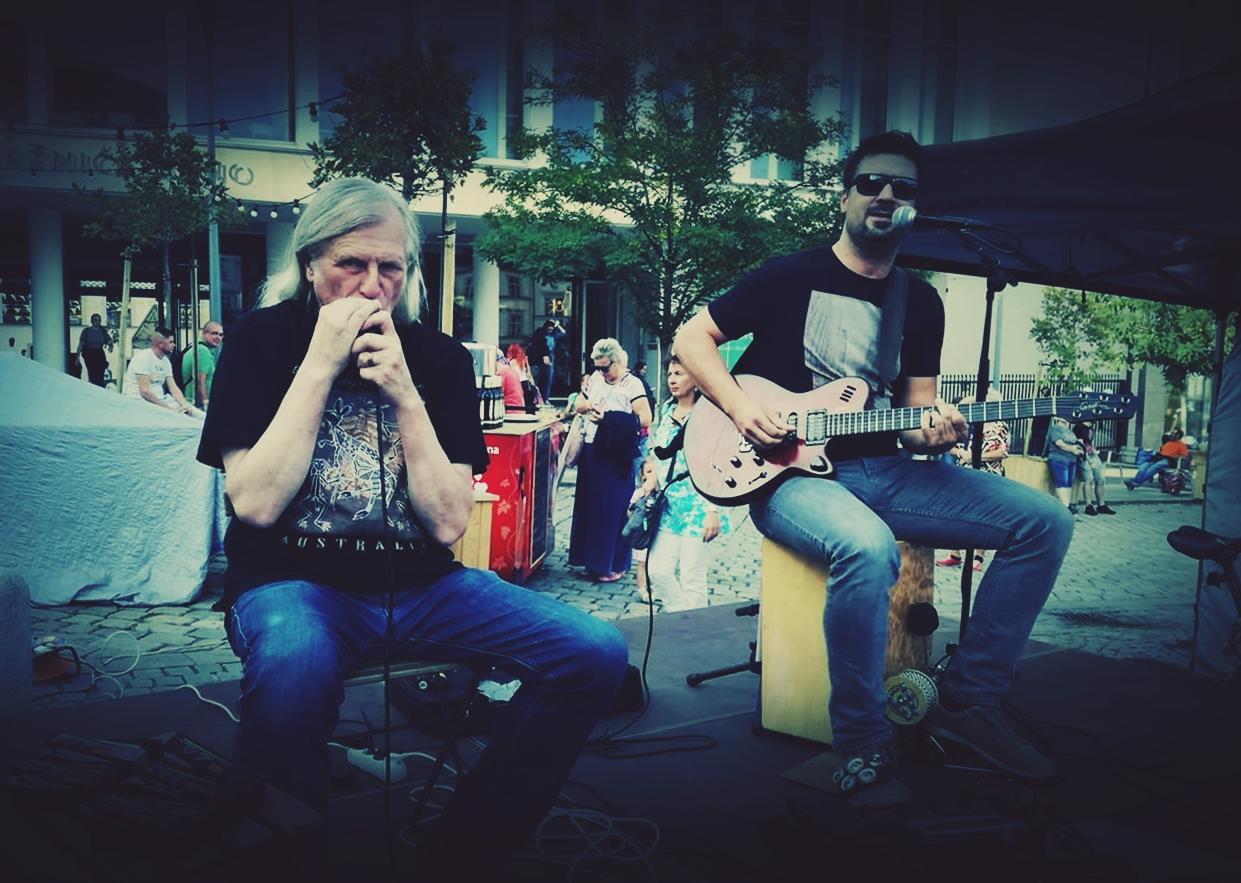 Stompin' Dog + Jam Session